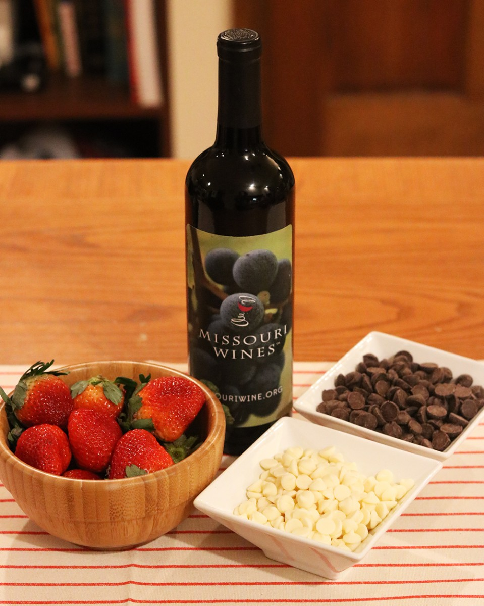 Missouri wine infused chocolate covered strawberries, ingredients