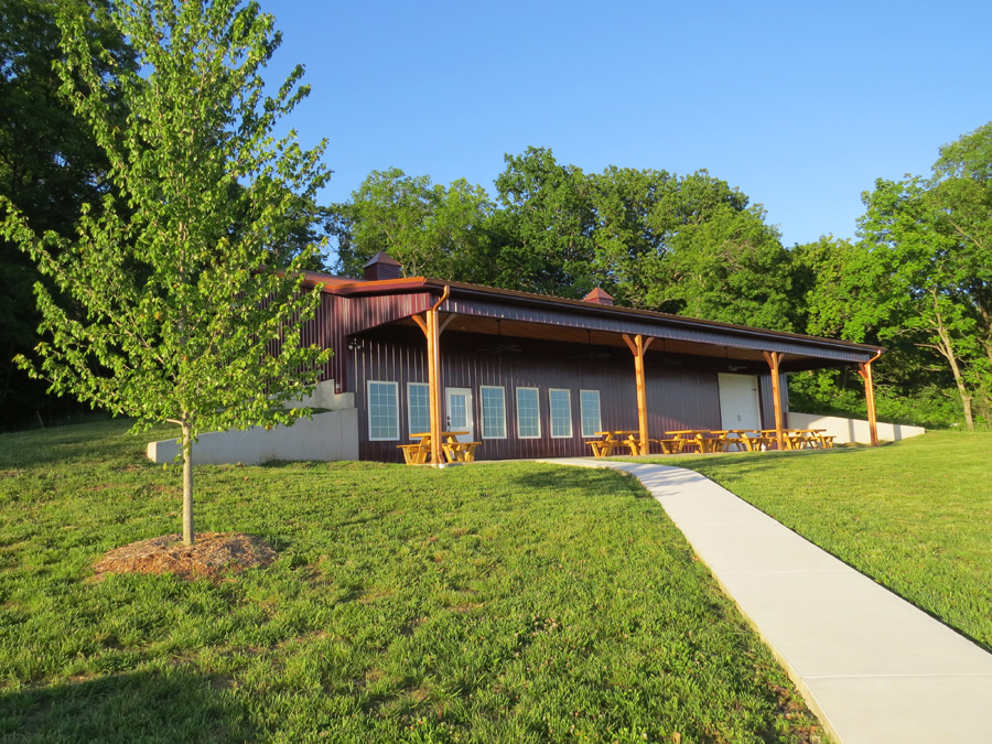 Lambs and Vines Winery | MO Wine