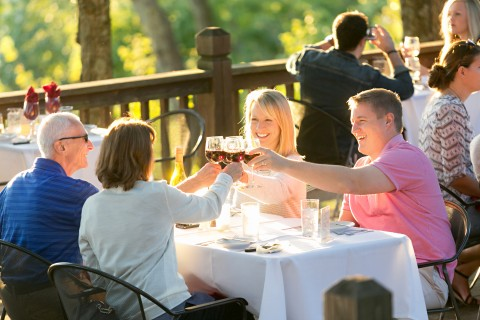 Treat Dad in Missouri Wine Country