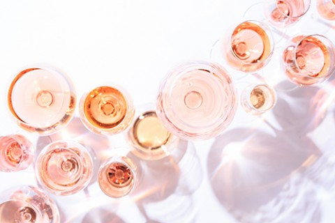 Find a Missouri rosé wine that's divine.