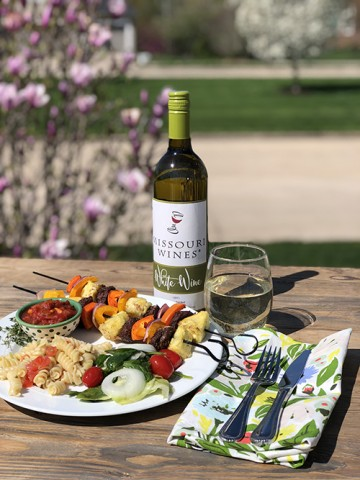 Missouri Beef Kabobs and Wine-Infused Sauce