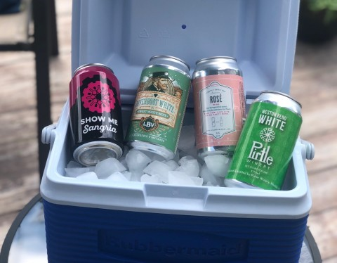 Missouri canned wines in cooler