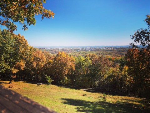 Fall view of Lindwedel winery property